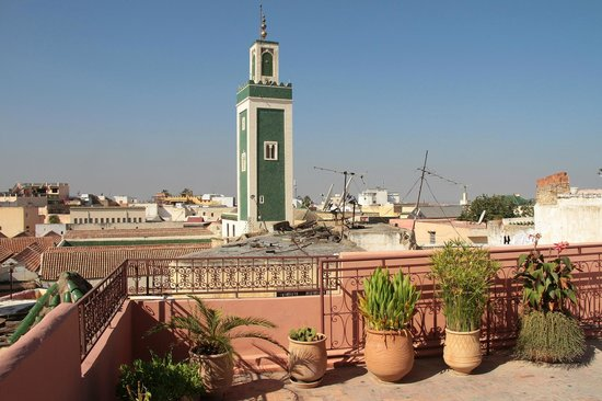 Riad El Ma: View from the highest roof terrace (sundeck).