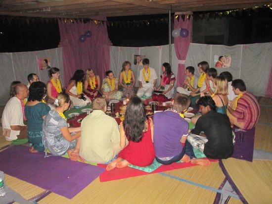 Akshay Beach Resort: yoga class