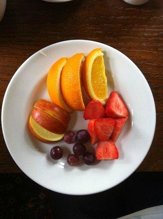 The New Flying Horse: Breakfast fruit plate