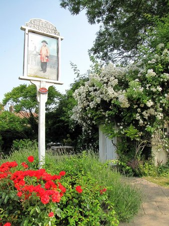 The New Flying Horse: The Chelsea Pensioners' Garden