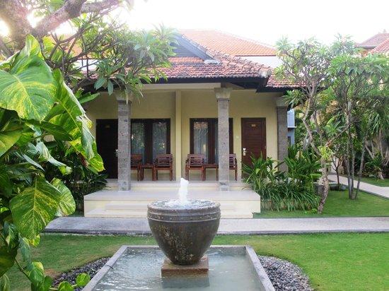 Adhi Jaya Hotel : hotel
