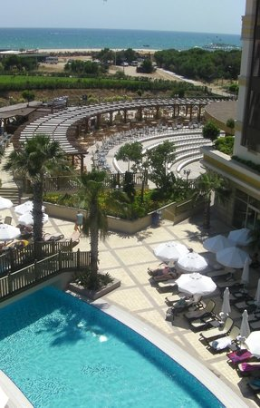 Crystal Palace Luxury Resort & Spa: Theatre Seating