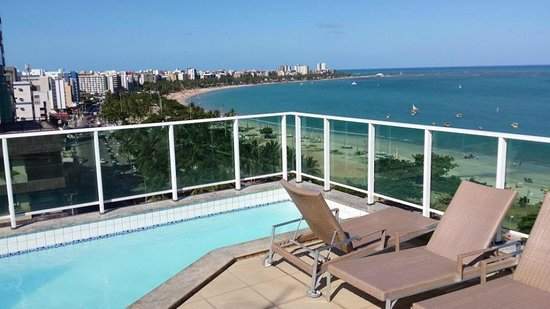 Terraço  Foto De Hotel Mercure Maceió Pajuçara, Maceió. Alhamar Hotel. The Coach House. Hotel St Helena. Whitton Lodge Hotel. Taylors Motel. Holiday Inn Pudong Hotel. The Walden House. Tanzanite Executive Suites Hotel