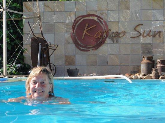 Karoo Sun Guesthouse: refreshing first swim of the season