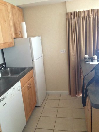 Comfort Suites Michigan Avenue / Loop : Kitchen