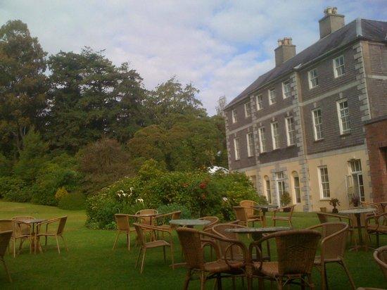 Maryborough Hotel & Spa : L'hôtel depuis le parc