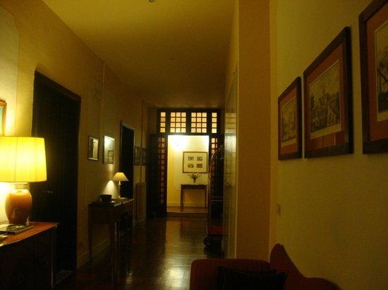 Residenza Johanna I - Antiche Dimore Fiorentine: Corredor comum
