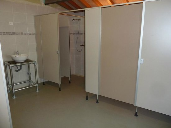 Gîte d'Etape Clos des Escoutilles : Espace sanitaire