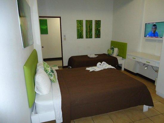 Hotel Cocoon: Habitación Triple