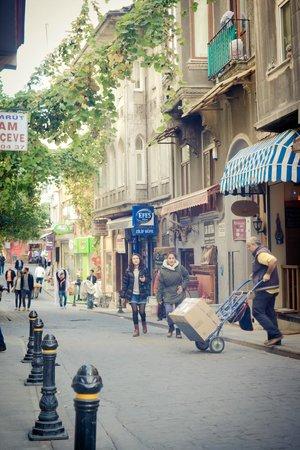 Faik Pasha Hotel : Scene from neighborhood