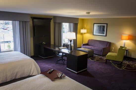 Hampton Inn & Suites Lansing West: Lobby
