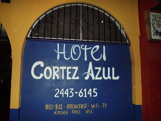 Hotel Cortez Azul: infront thee hotel