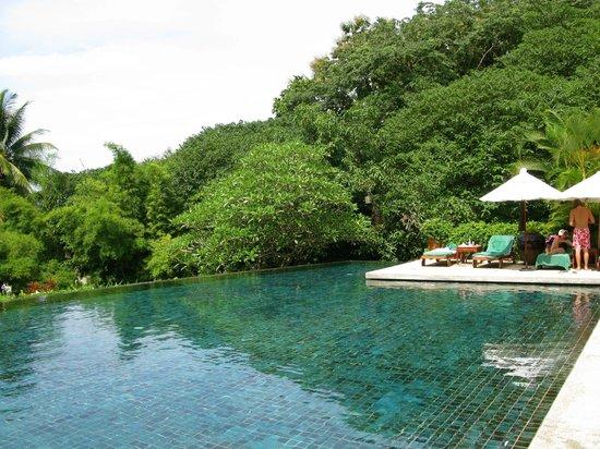 Belmond La Residence Phou Vao: Pool Area