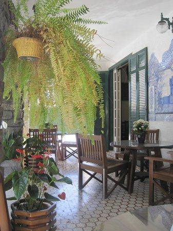 Braganca Palace Hotel: Entrada do Hotel e Restaurante