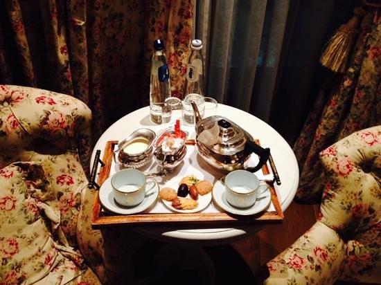 Hotel de Orangerie: чай в номер