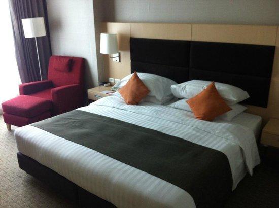 Sukhumvit 12 Bangkok Hotel & Suites : La literie en chambre standard