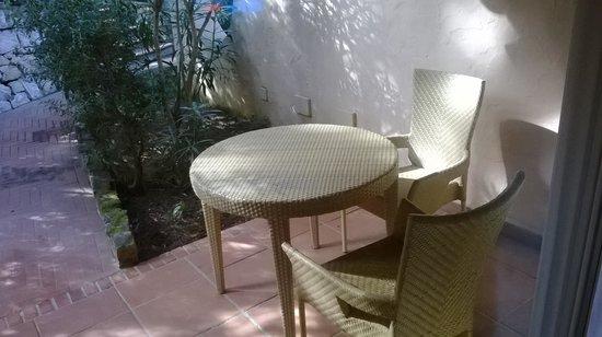 Forte Village Resort - Hotel Bouganville: patio