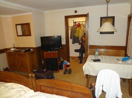 Antik Hotel Bristol: Прихожая