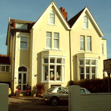 Photo of Esk Vale Guest House Portsmouth