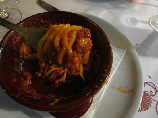 "Cul de Sac Wine Bar: Last few bites of the pasta ""fatta en casa""... yum."