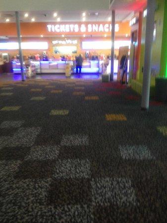 Cineworld, Leigh: Cineworld Cinema,Leigh(Foyer)Interior