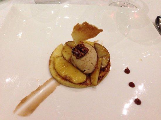 Lucana: Pain perdu caramélisé aux pommes