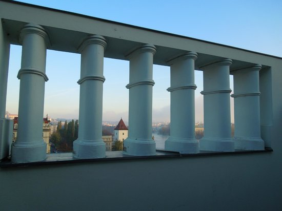 Mamaison Riverside Hotel Prague: Balkongeländer