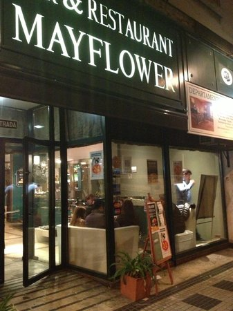 Mayflower Suites : Bar