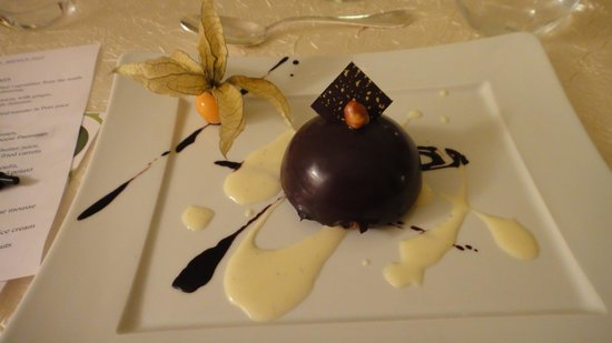 Château de Rochecotte: Perfect Chocolate Desert