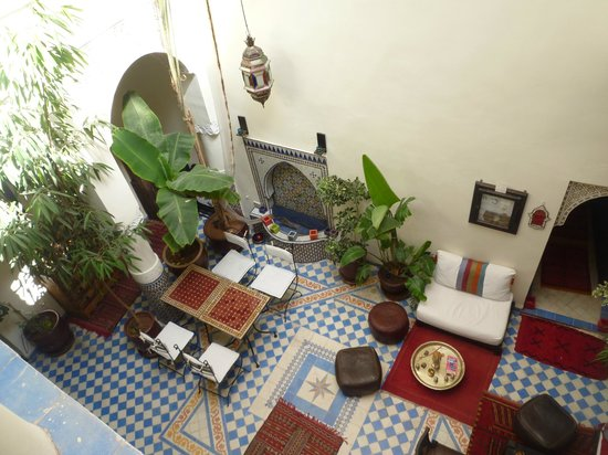 Riad Dollar Des Sables: Patio vu de l'étage