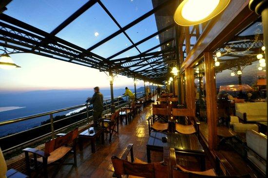Ngorongoro Wildlife Lodge: Balkon