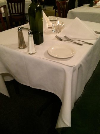 Maldaner's: Table Settings