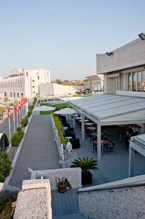 Hotel Puerto Sherry: terrza