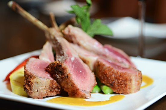 Crave Restaurant : Rack of Lamb