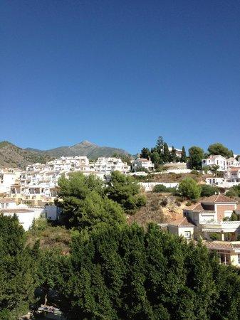 Hostal Casa Mercedes: Mountain view from terrace