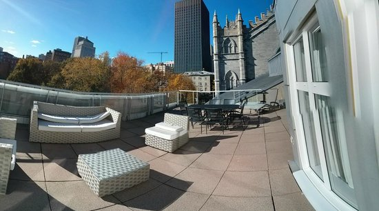 Le Saint-Sulpice : 360 view of rooftop terrace