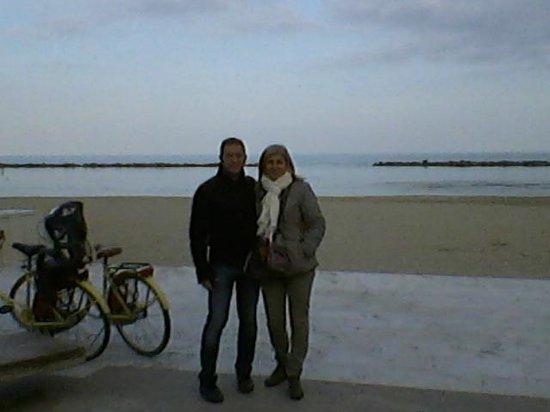 passeggiata in bicicletta lungomare - Foto di Residence Hotel Le ...