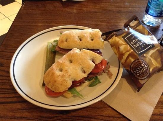 Corner Bakery Cafe : Roast Beef & Goat Cheese sandwich w/chips & pickle. Yum.