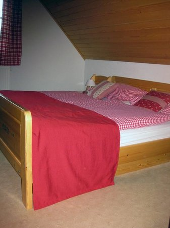Alpik Apartments at Lake Bohinj : Bedroom
