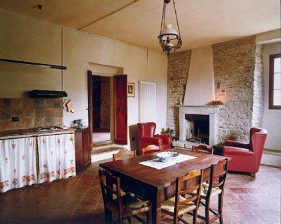 Agriturismo Settimano: Kitchen (large apartment on 1st floor)