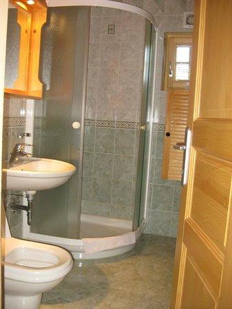 Alpik Apartments at Lake Bohinj: Bathroom wit floor heatting