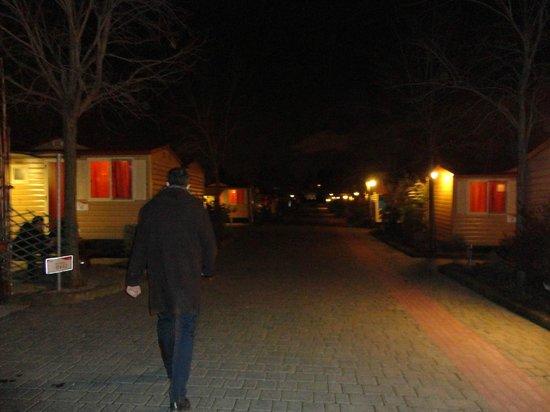 Camping Village Roma: Zimmer