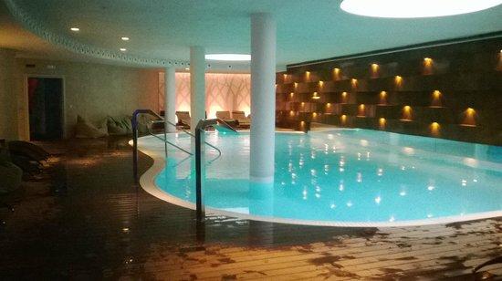 Nivolano spa piscina foto di nivolano spa lurisia for Piscina olimpia sabadell 2018