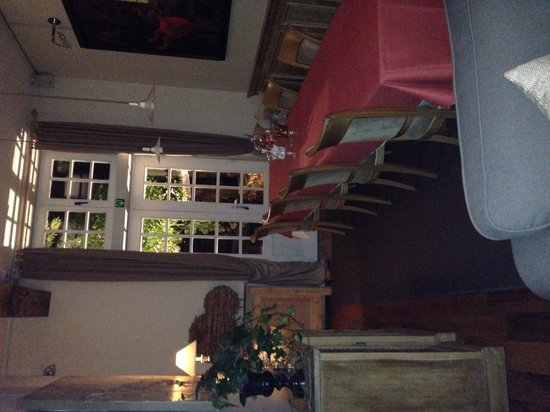 Number 11 Exclusive Guesthouse : Breakfast Area