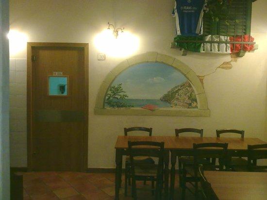 Pizland Di Gerardo Tortora E C. Sas: la saletta del magna magna