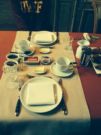 Number 11 Exclusive Guesthouse : Breakfast