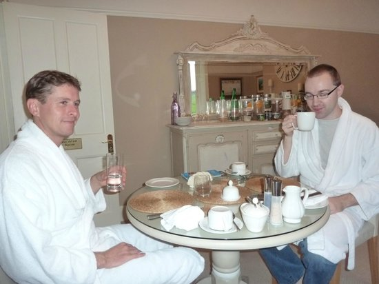 "Bindon Bottom B&B: Breakfast in style ""Dressing gowns"""