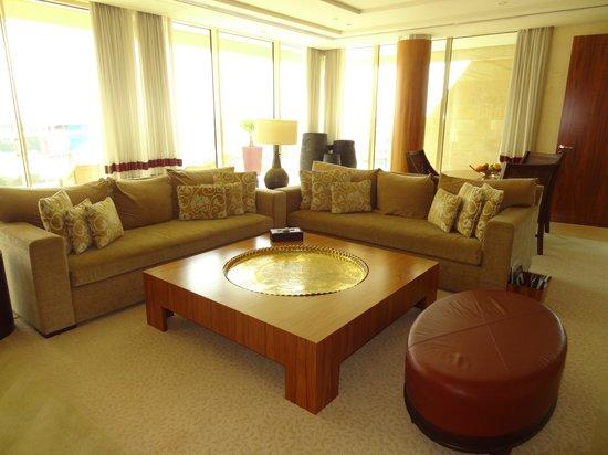 Raffles Dubai: salon
