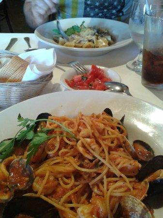Oliva Trattoria: Spaguetis vongole...mmmm!