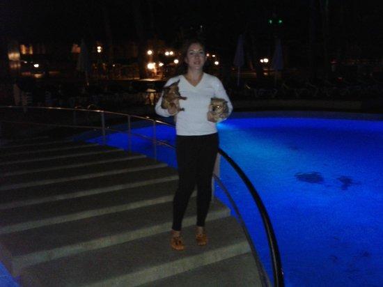 Protur Floriana Resort: Yo y nuestras nenas de paseo nocturno